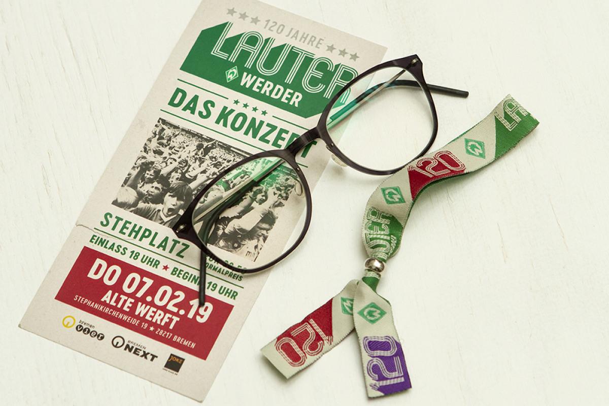 Lindberg Brille mit Eintrittskarte und Eintrittsband