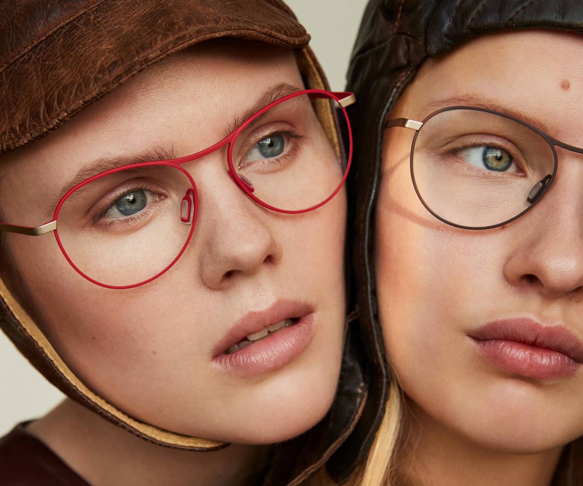 2 Personen tragen Titan Brillen von Orgreen Optics / cc Orgreen